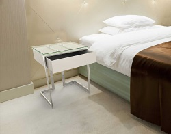 BEDSIDE TABLE CONDUCTION CLEAR POLISHED STAINLESS STEEL 45x45x55 CM (ET015C)