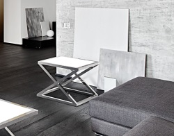 SIDE TABLE ARUNA WHITE LACQUERED POLISHED STAINLESS STEEL 56x56x47 CM (ET032LW)