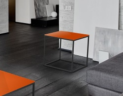 SIDE TABLE JULIA LACQUERED ORANGE BLACK EPOXY PAINTED STEEL 50x50x50 CM (ET180LO)